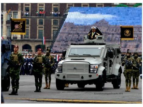 Comandante Columna de Desfile