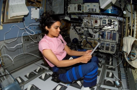 women-in-space.jpg